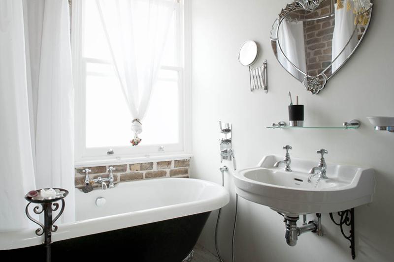 Flat Remodelling - Bathroom - Shoreditch